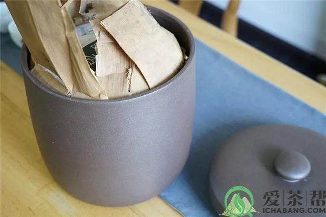 普洱茶保存坛藏法