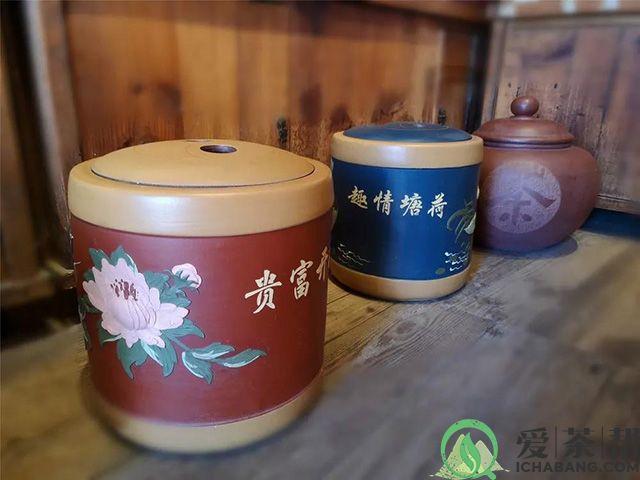 紫砂储茶罐是干醒普洱茶的最佳场所