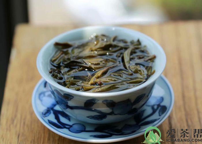 普洱茶里有茶梗是好是坏?