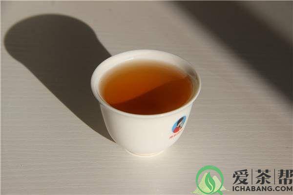 分析冲泡普洱茶水味重原因