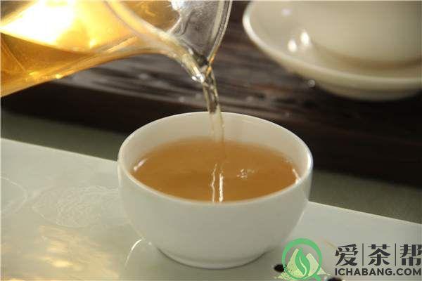 该怎么正确洗普洱茶(图解)
