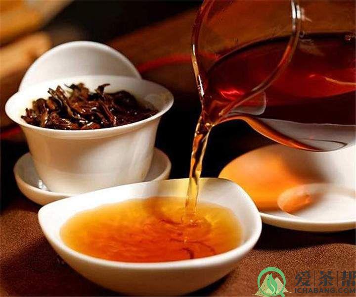 泡普洱茶必备3件神器:盖碗、茶海、品茗杯