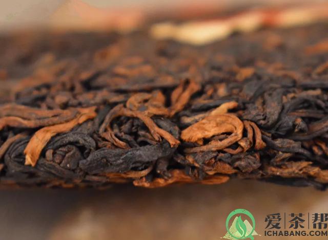 品饮普洱茶熟茶时该如何区分仓味和堆味