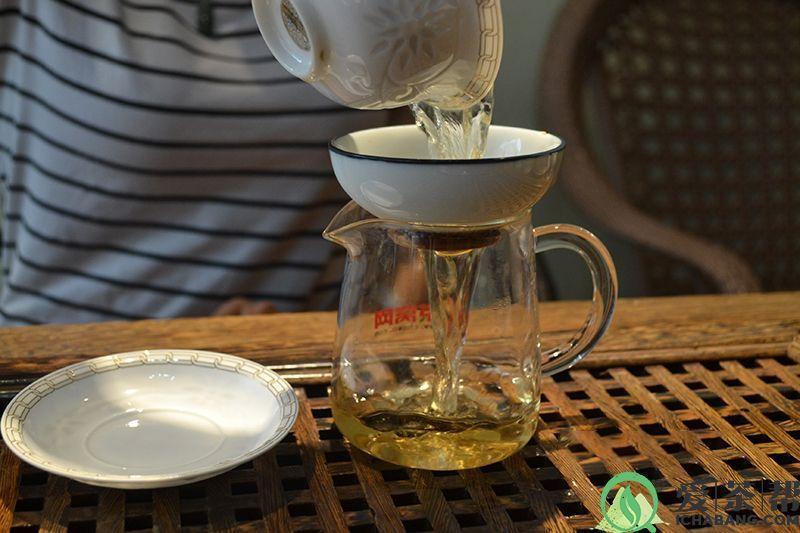 """教你辨别哪些是普洱茶市场上的 """"假茶"""""""
