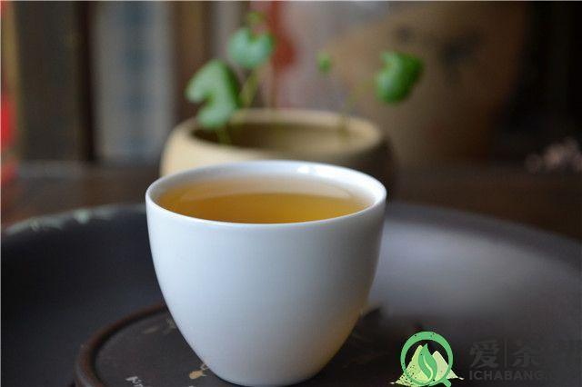 普洱茶为什么能消食解油腻?